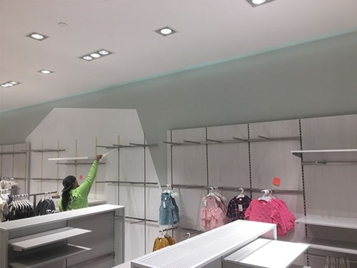 Insulate Retail Display